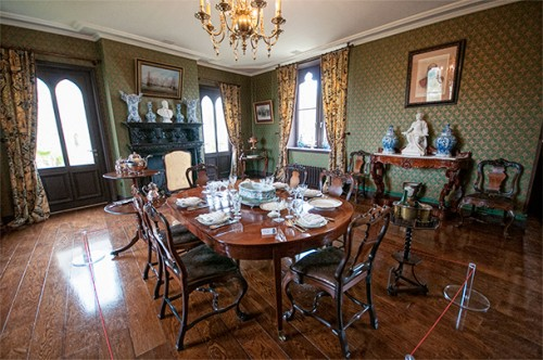 Dining room in the Chateau d'Hardelot