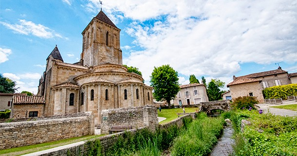 Day 27 – Visit UNESCO Church of Saint Hillaire in Melle, France