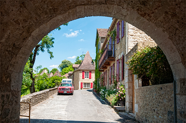 The plus beau village of Limeuil in Dordogne, France