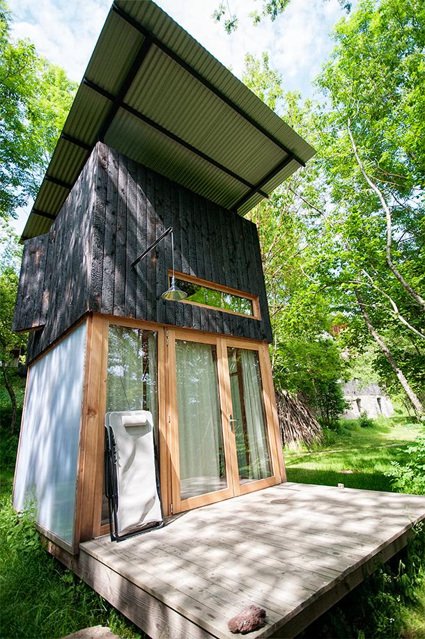 Bois de Basalt eco-cabins in Auvergne, France